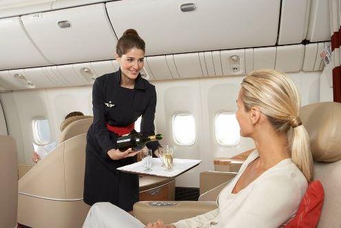 Les métiers de l'aérien : Hôtesse de l'air et steward 2