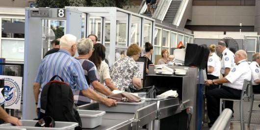 contrôles de sécurité aéroportuaire