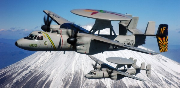 1280px-E-2C_Hawkeye_and_Mount_Fuji