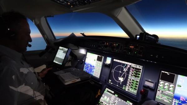 TSE_2015_FHEXR_Cockpit_FL485