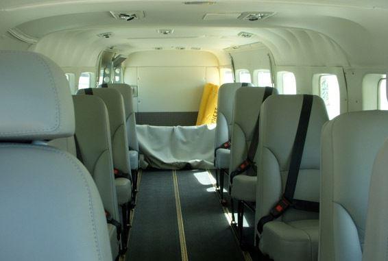 Voici l'avion qui a transporté le corps de Johnny Hallyday 7