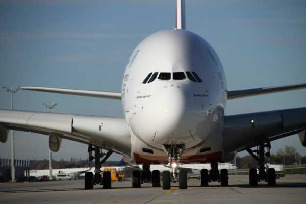 Quelle distance peut parcourir un avion de ligne ? 68