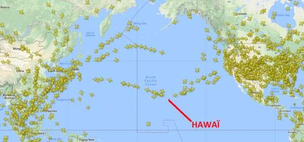 Avions sur l'océan pacifique nord