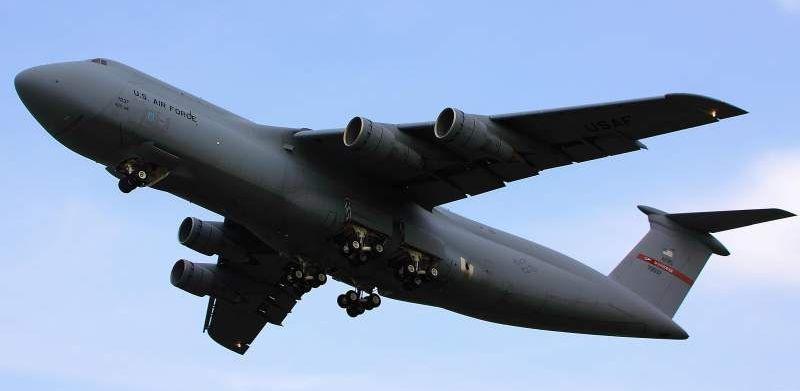 Quels sont les gros avions militaires ? 17