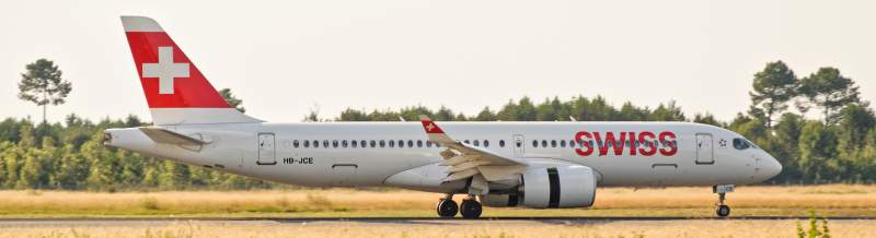 Airbus A220-300 swiss