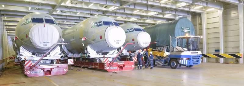 Airbus A320 dans un bateau