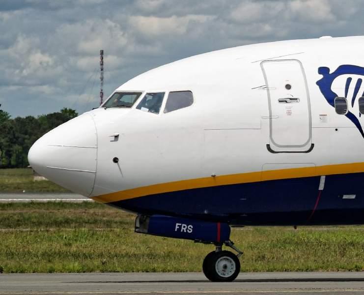 Avant d'un Boeing 737