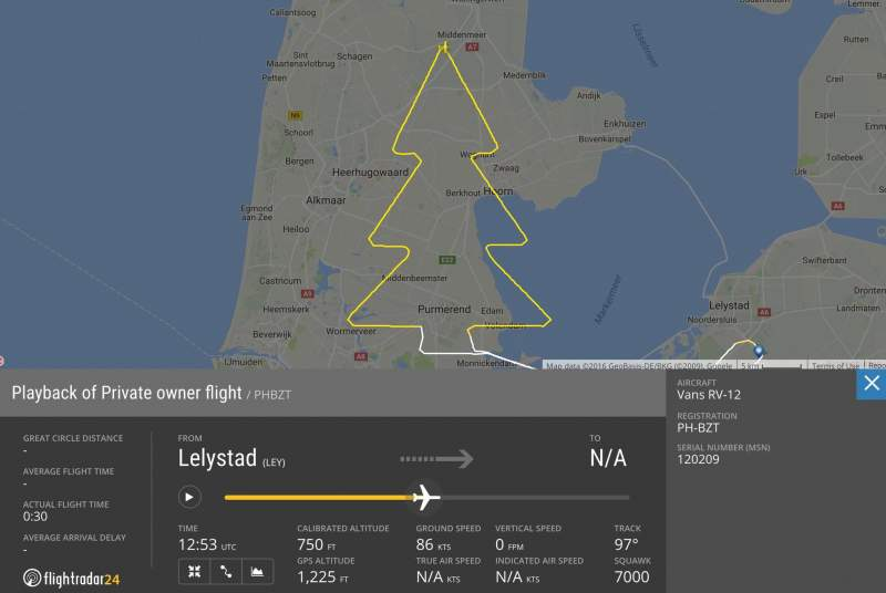 Quand des pilotes dessinent dans le ciel 16